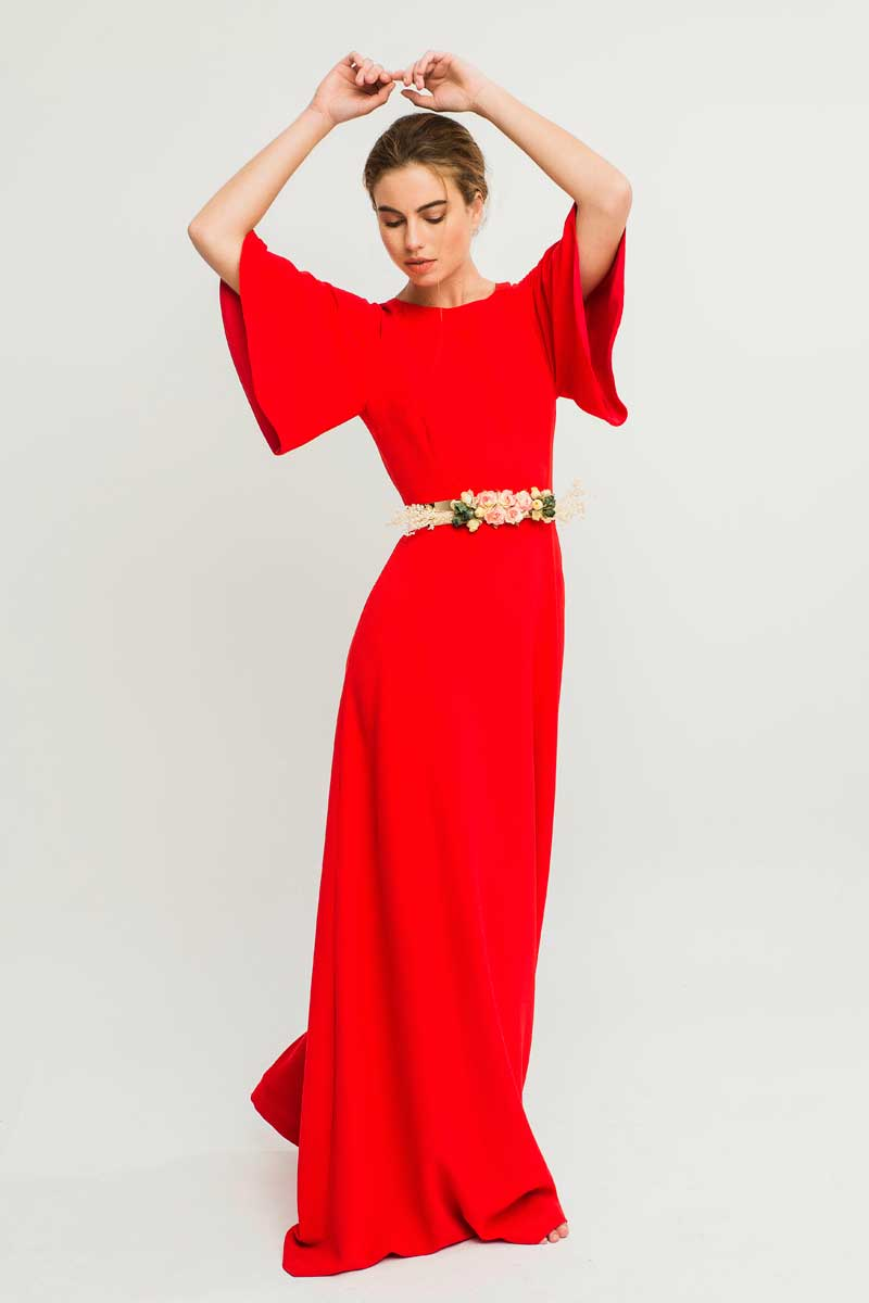 vestido largo rojo mangas acampanadas nilo