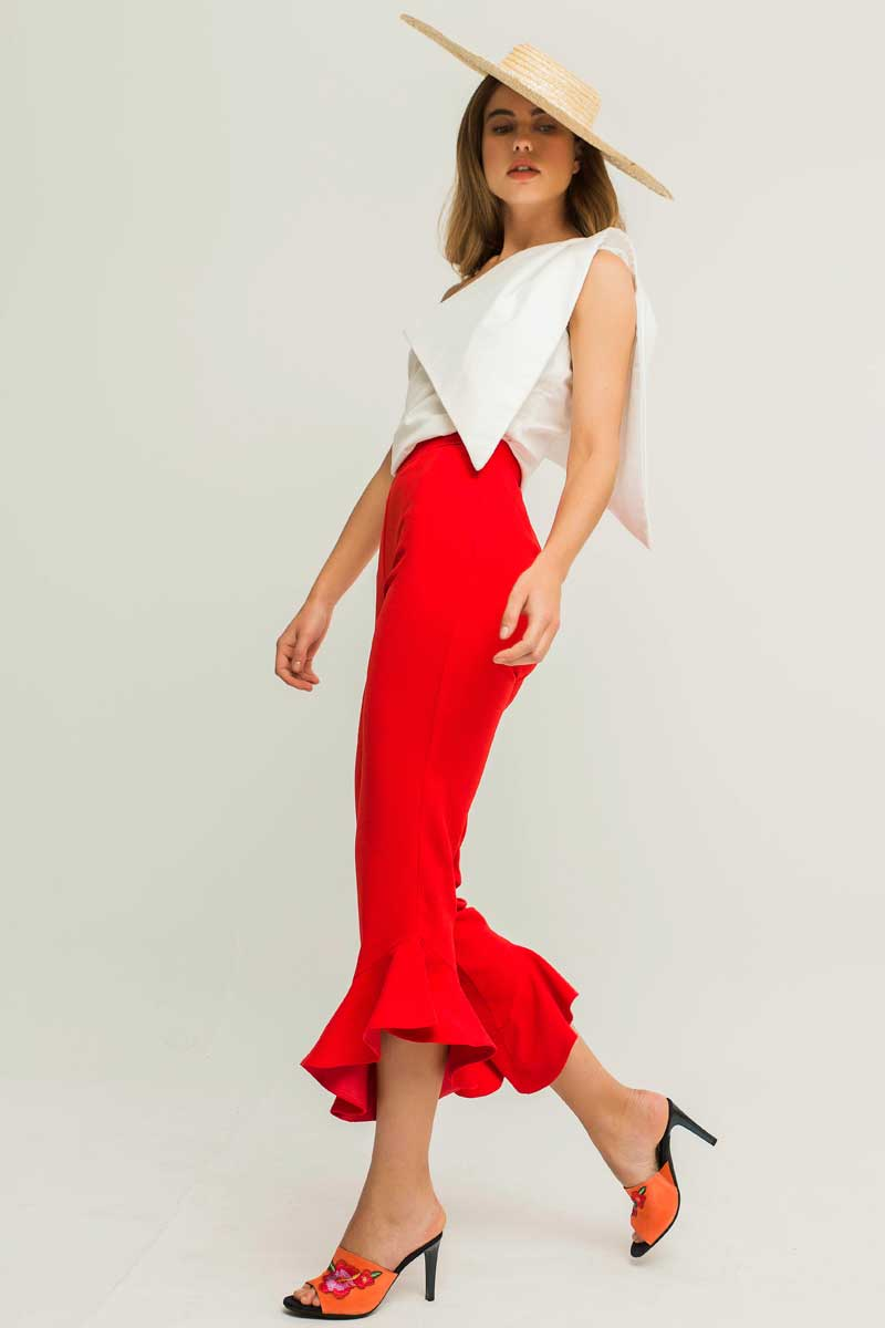 pantalon de crepe rojo con volante rubi para invitadas apparentia