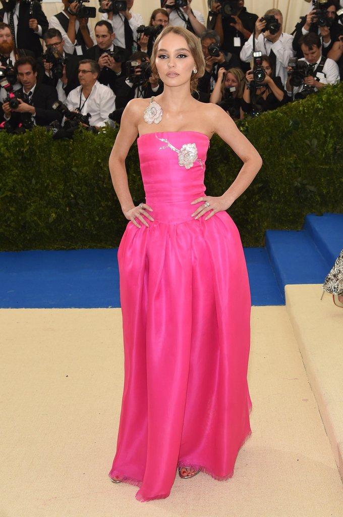 lyli rose deep con vestido rosa gala met