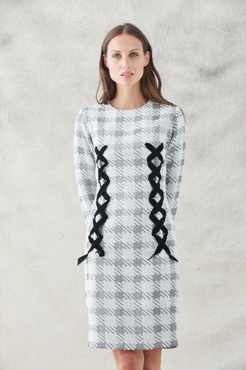 vestido corto recto pata de gallo con lazos terciopelo manga larga de apparentia