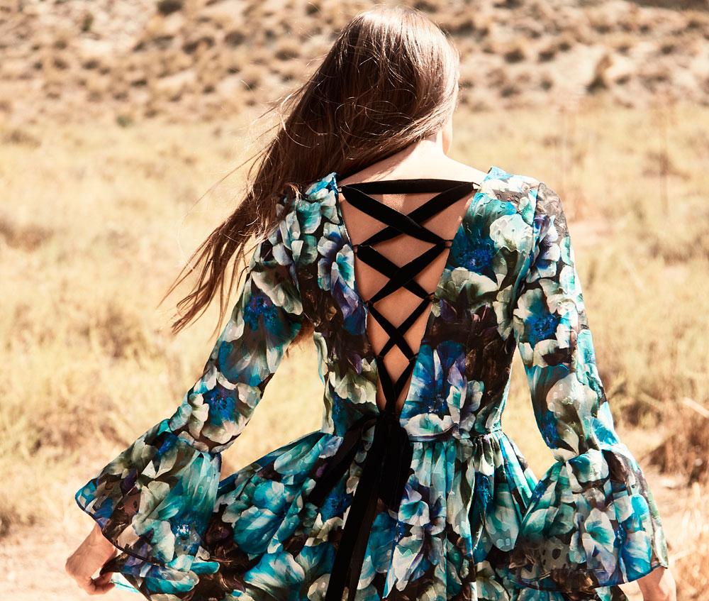 vestido corto estampado de flores espalda lazada florence de apparentia