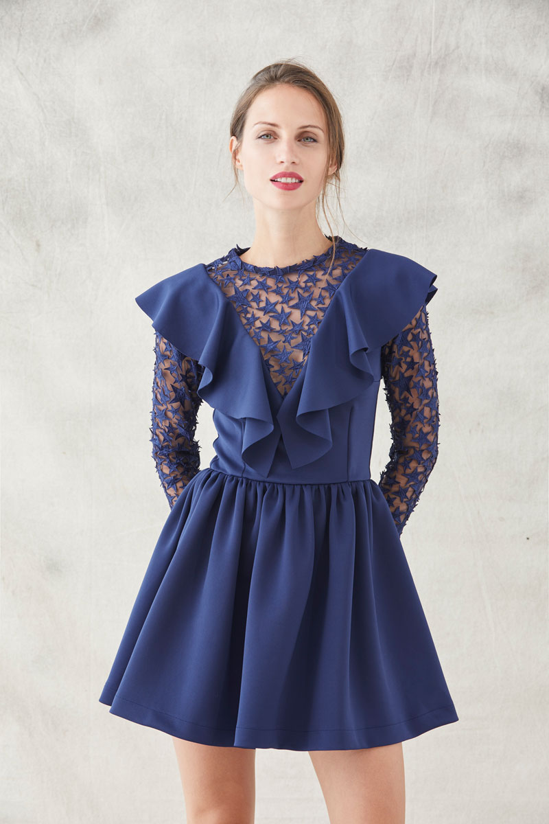 vestido corto neopreno azul con tul bordado estrellas de apparentia