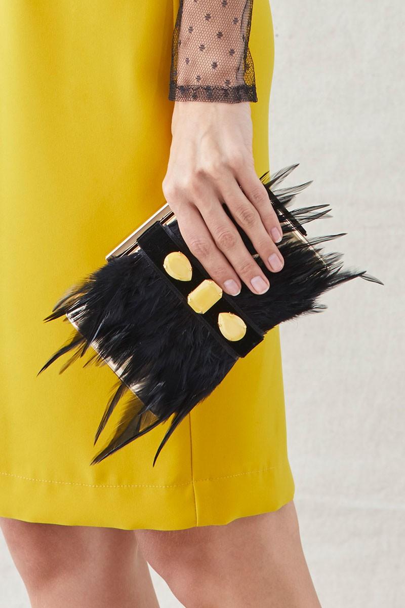 clutch plumas negras piedras amarillas de apparentia