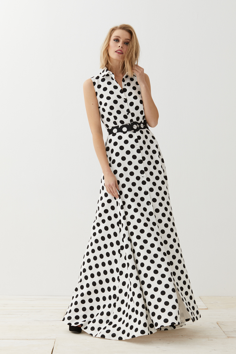4eca677c7 ... este verano con mucha fuerza, por eso sabemos que nuestro vestido  camisero Megan es ideal para disfrutar del firmamento de una bonita noche  de verano, ...