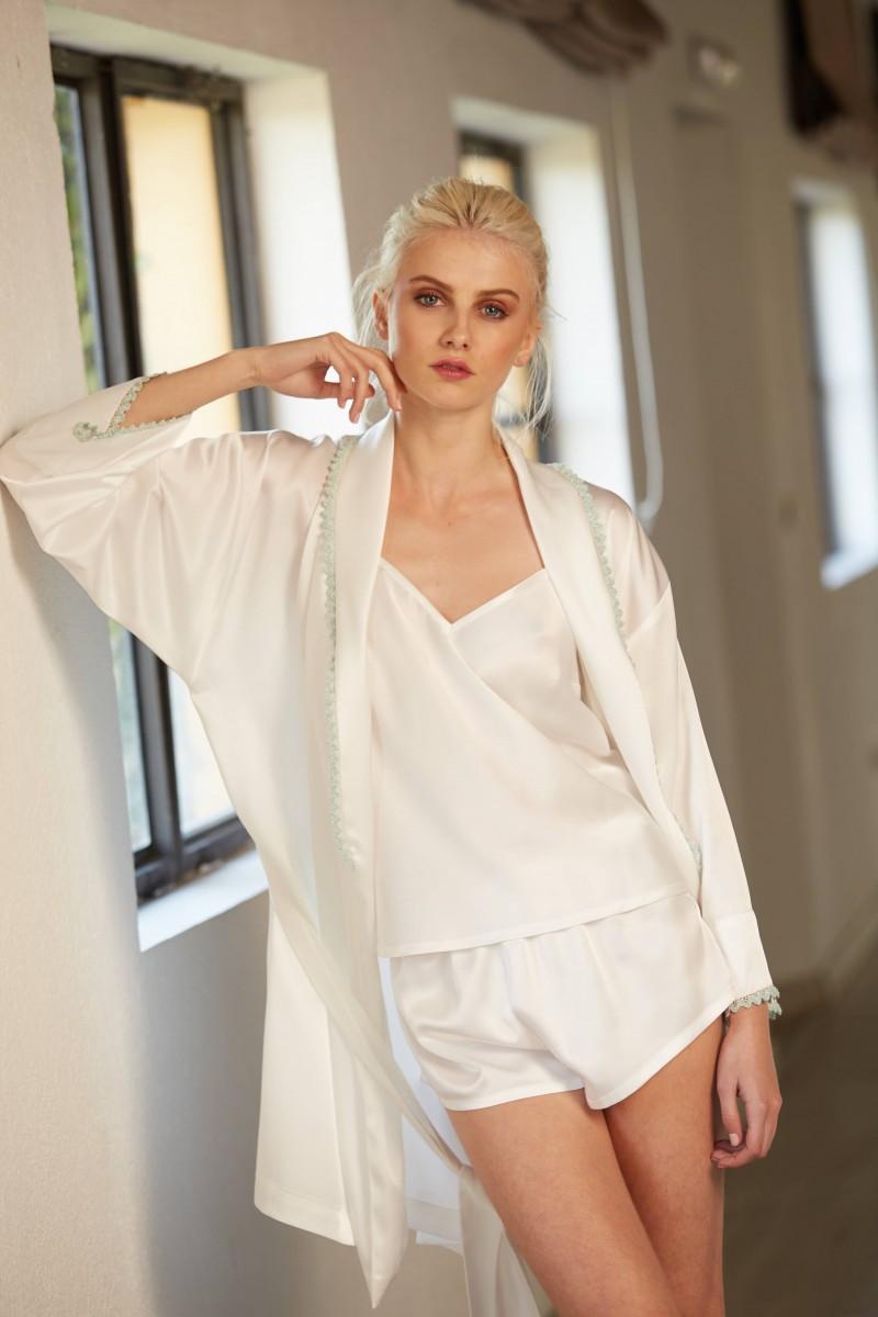 conjunto top y short blanco con puntilla crochet aguamarina lenceria apparentia