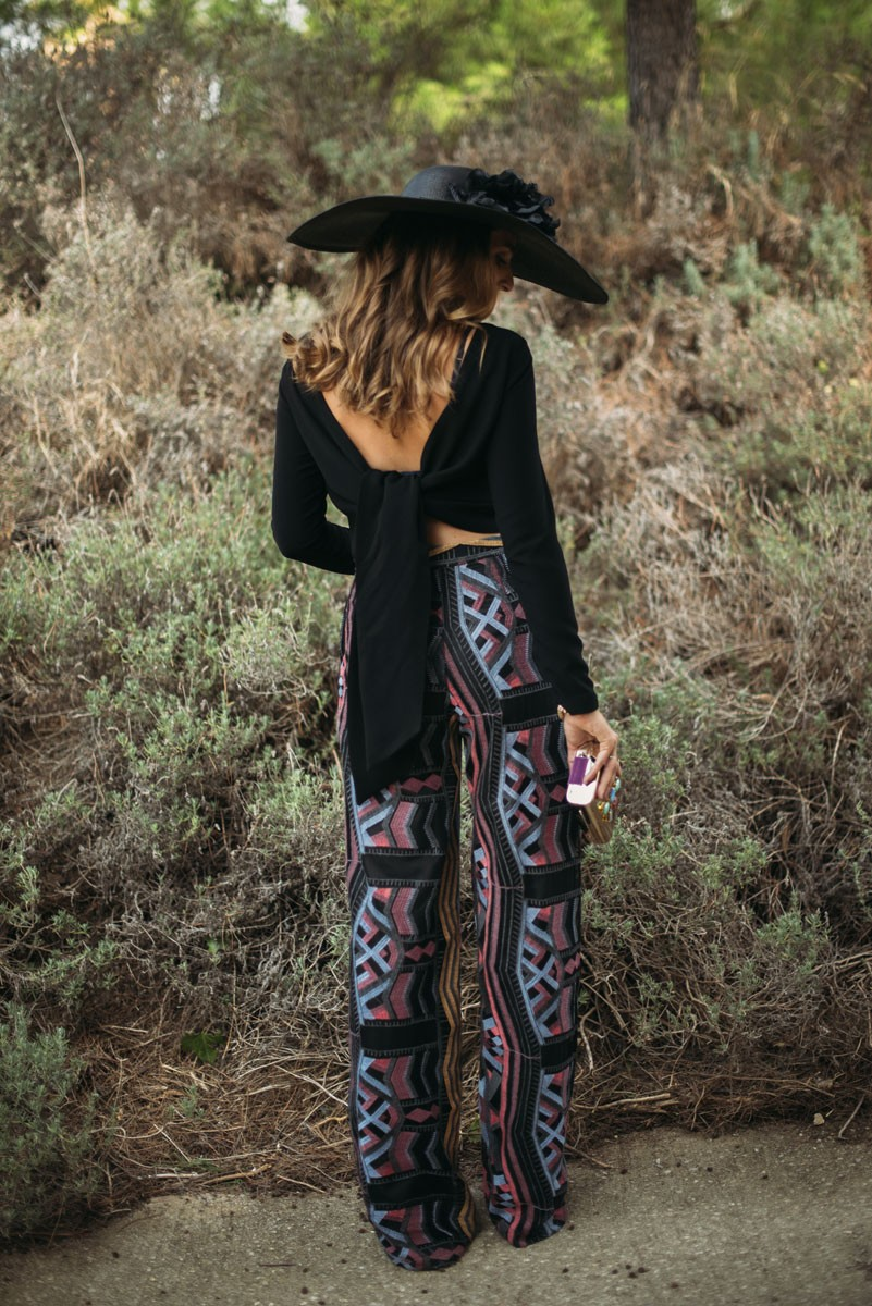 blusa negra manga larga con lazada espalda apparentia