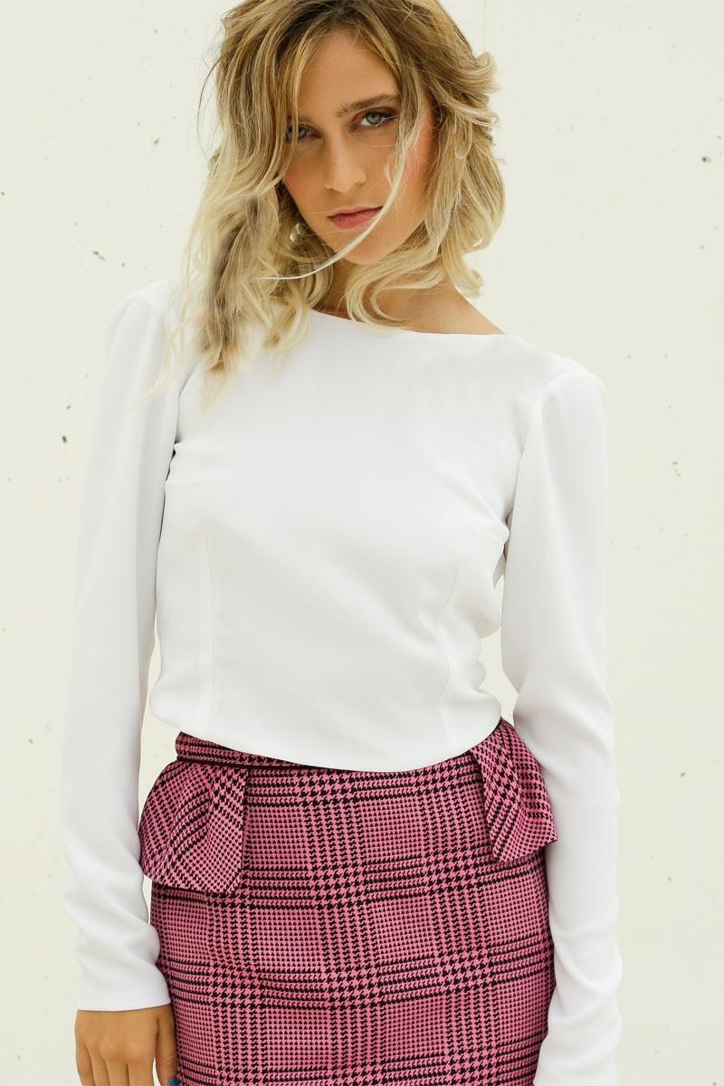 blusa blanca con manga larga y lazada atras de apparentia