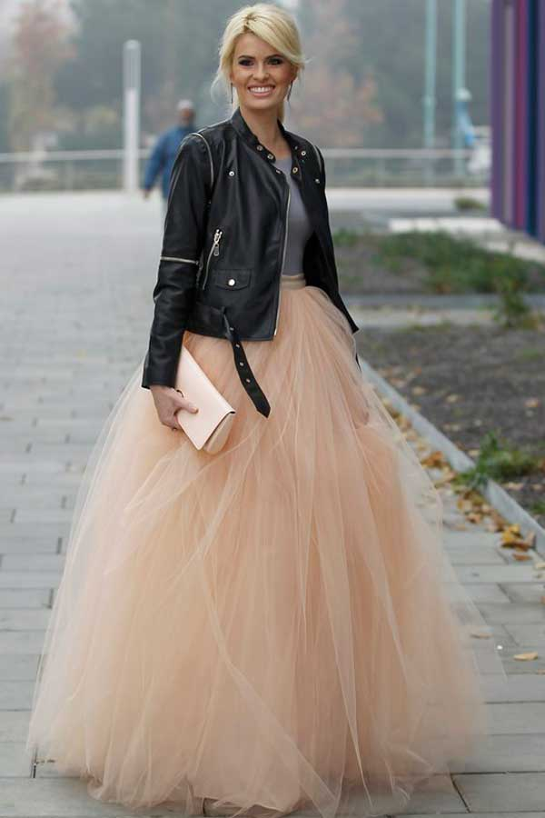 9751a0d35e Porque la vida (y especialmente la de recién casados) es más bonita in  rose. Desde Apparentia te sugerimos este espectacular vestido de novia  confeccionado ...