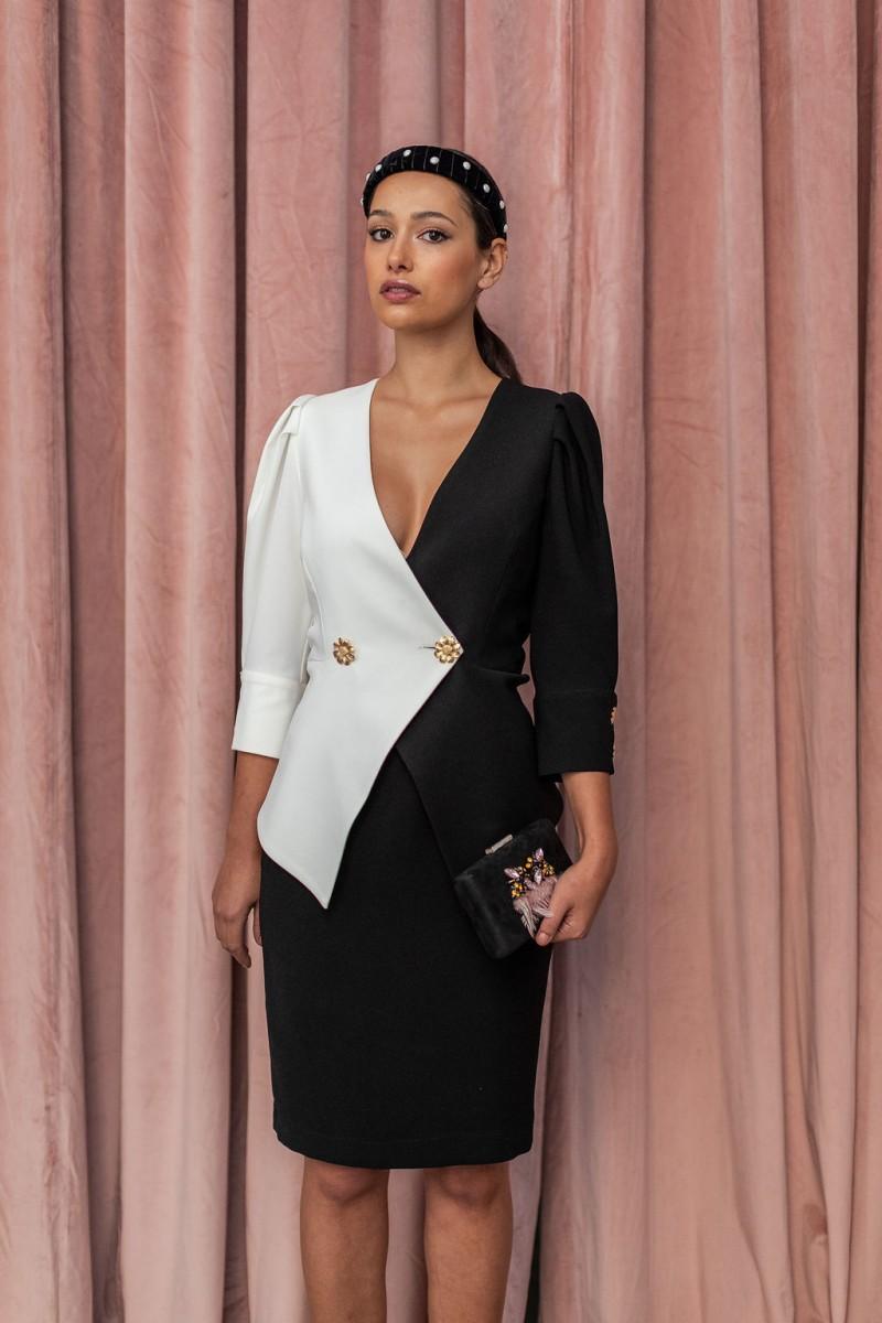 vestido blanco y negro con peplum invitada apparentia