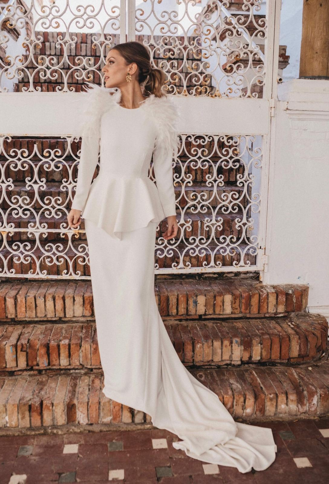 bridalada carmen cruz con vestido novia apparentia
