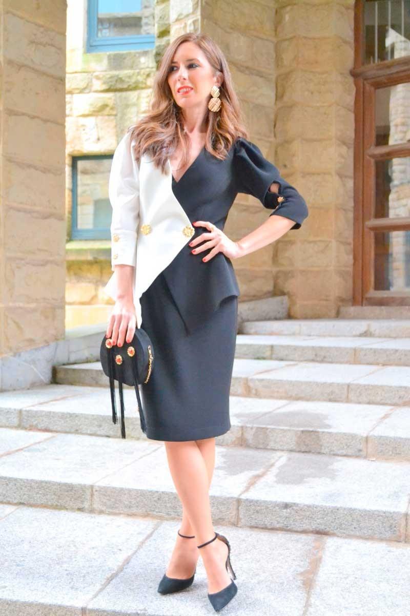 vestido blanco y negro invitada de apparentia