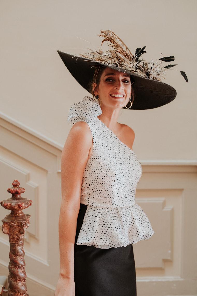 vestido blanco y negro corto plumetti miss cavallier x apparentia