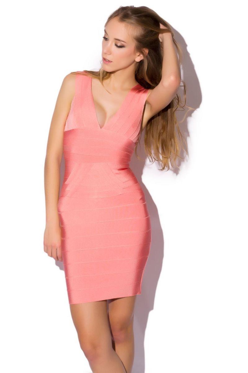 vestido ajustado estilo bandage de color rosa Q2