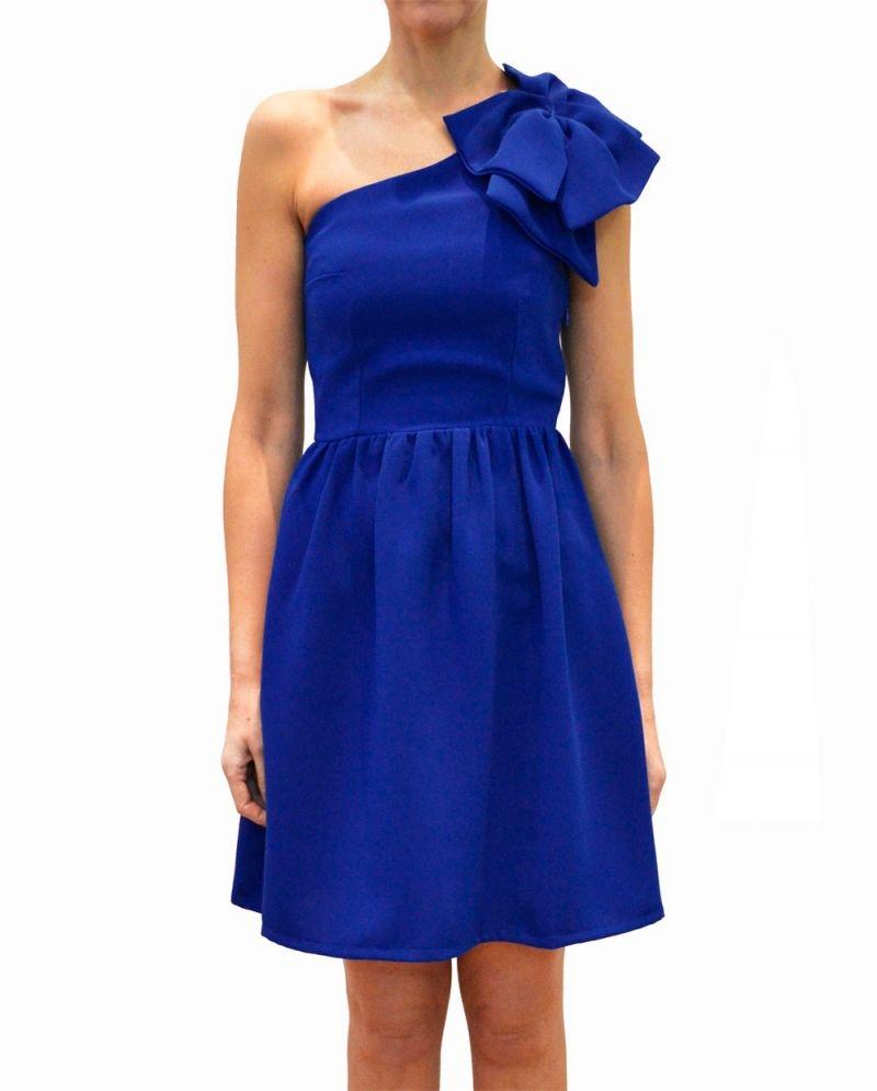 Combinar vestido fiesta azul klein