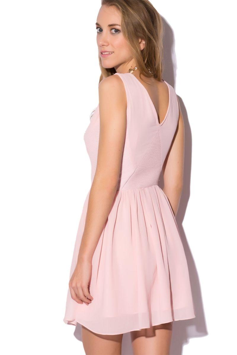 Vestidos cortos en rosa palo