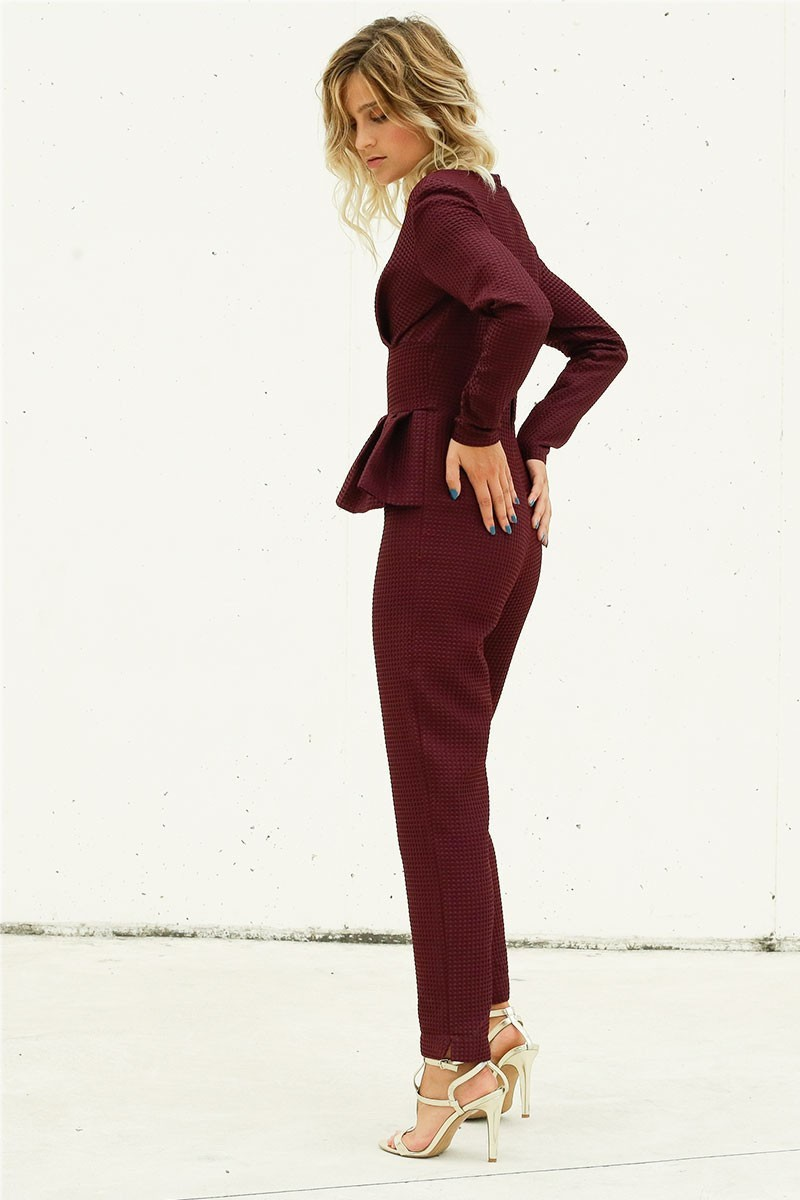 mono de fiesta burdeos granate marsala en pique con peplum para invitadas boda eventos shop online apparentia collection