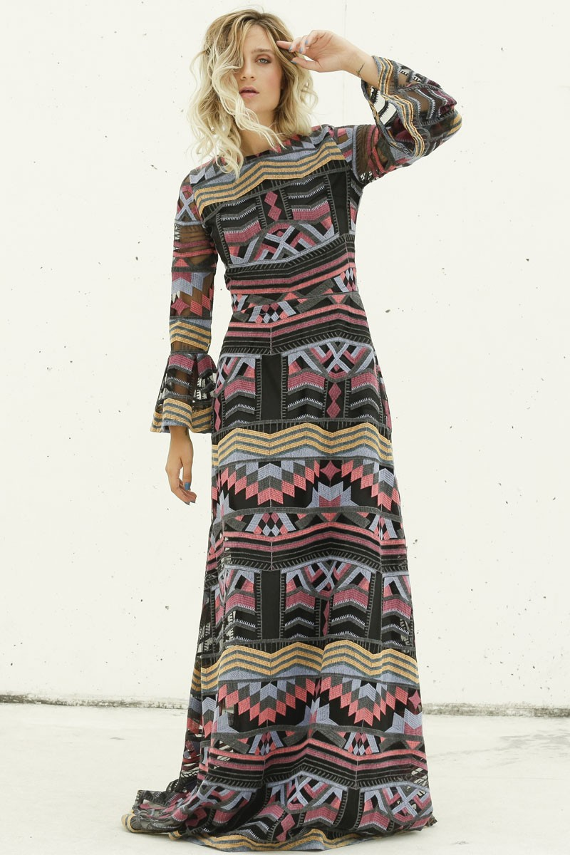 vestido largo estampado etnico negro con hilos bordados de colores para bodas invitadas bautizo comunion nochevieja shoponline apparentia online