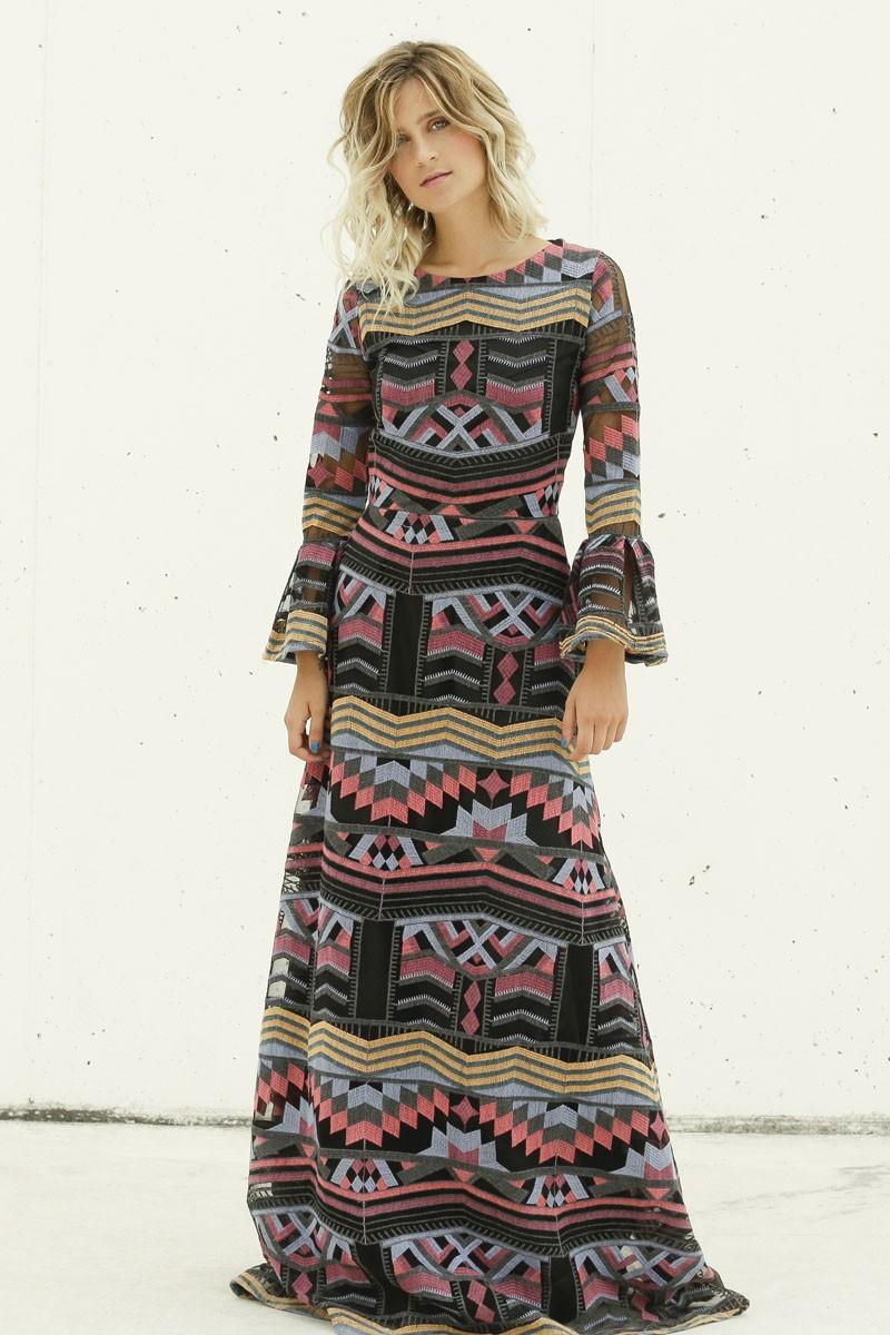 59fa34b2e comprar online vestido largo estampado etnico negro con hilos bordados de  colores para bodas invitadas bautizo