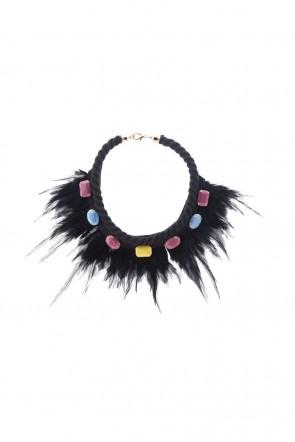 8a8872ebb594 collar negro pedreria plumas fiesta invitada boda apparentia