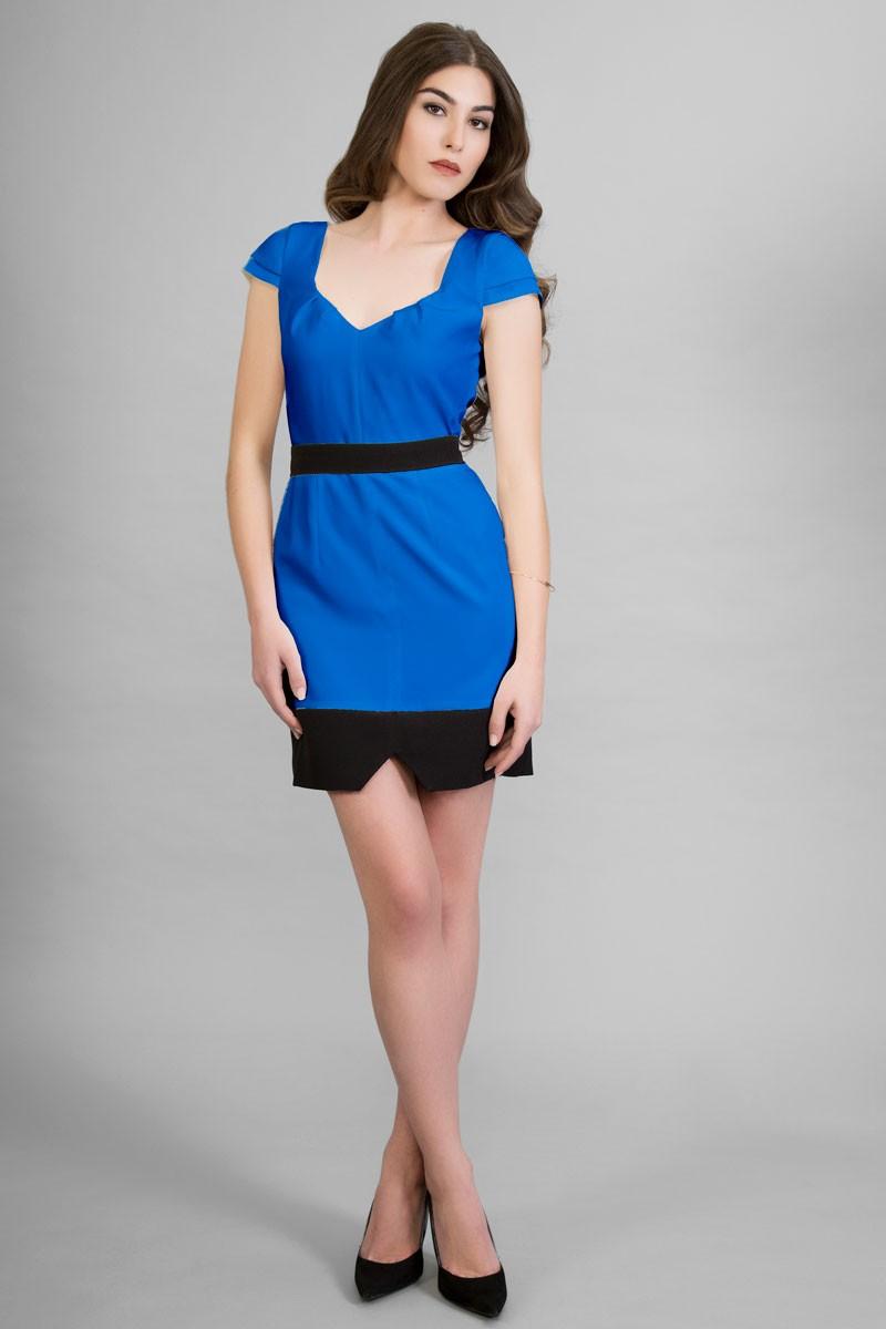 Vestido azul y blanco corto