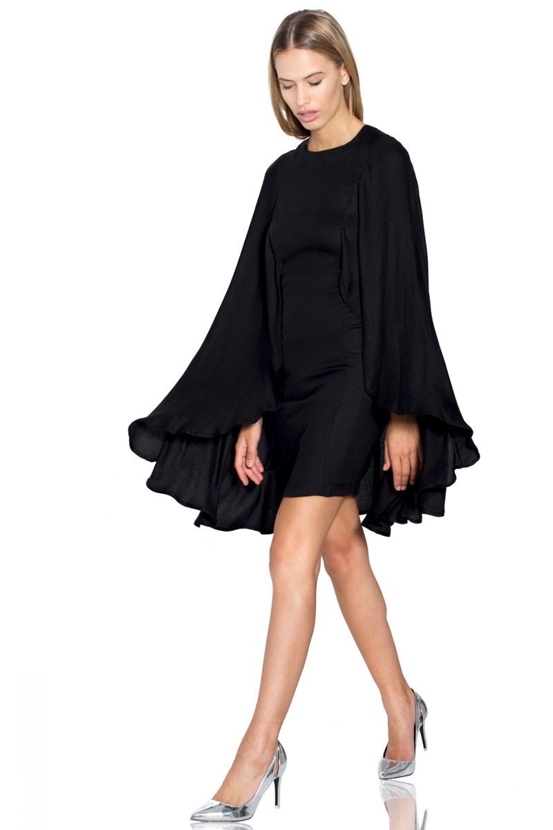 Vestido de fiesta corto con capa