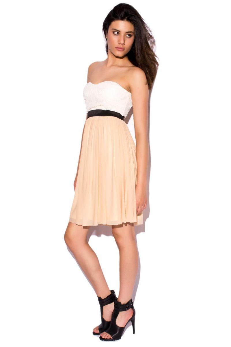 1a40059b5 vestido corto skater con falda de vuelo color nude y corpiño blanco