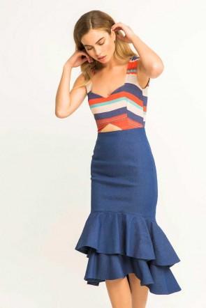 e51597211 Comprar online vestido corto vaquero con top crepe de rayas de colores y  volantes para invitadas