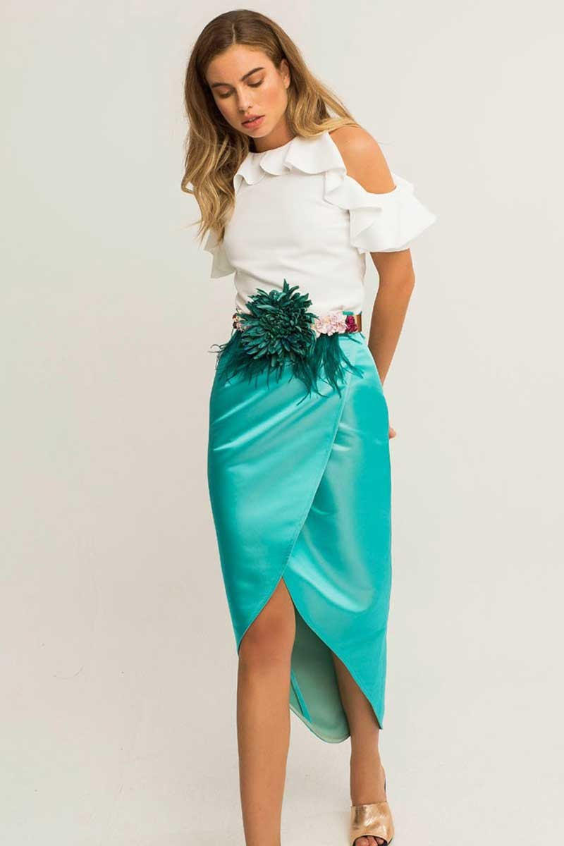 Comprar online falda midi cruzada saten tornasol azul turquesa para invitada de boda bautizo comunion fiesta de dia cena de empresa evento casual apparentia collection