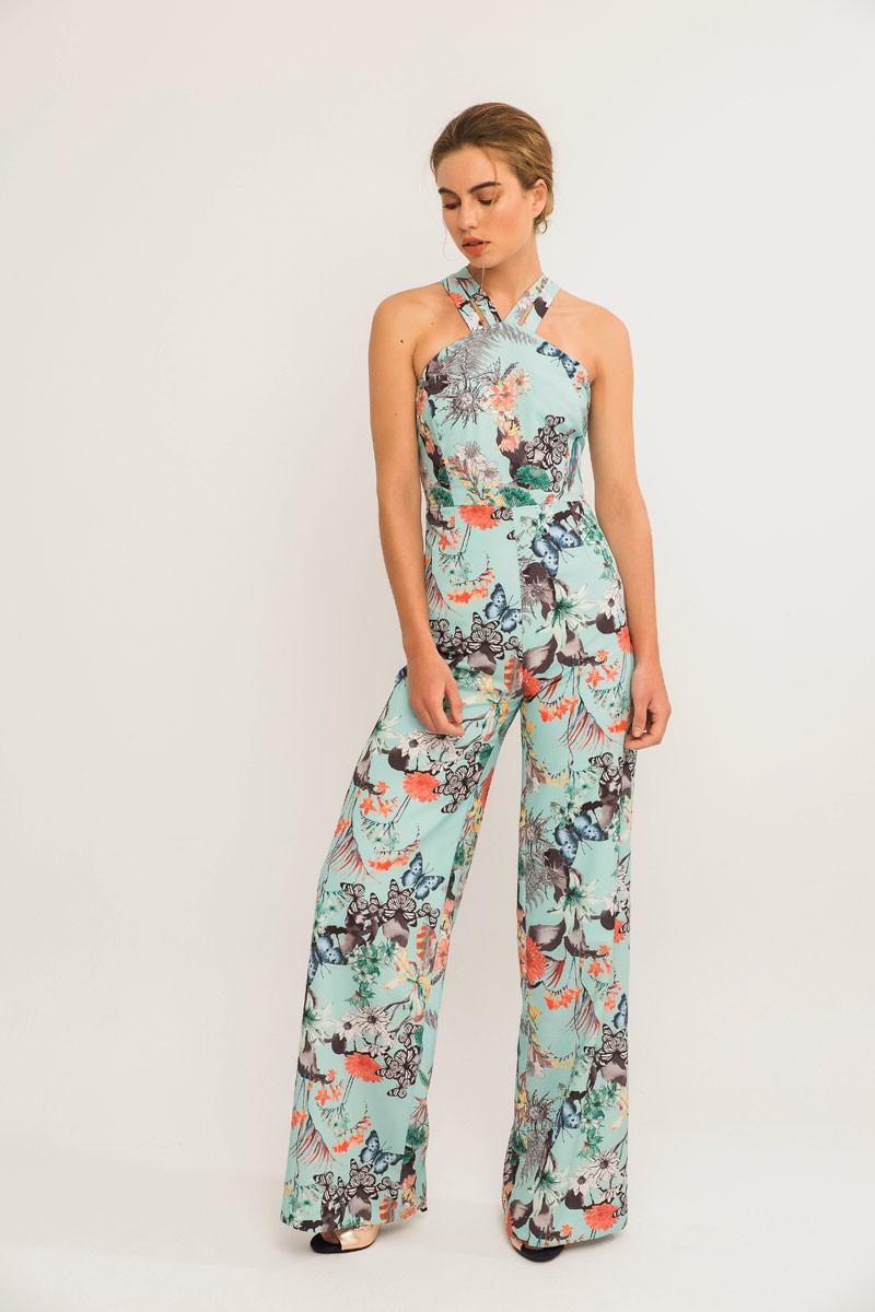 28f6078fb0e Comprar online mono largo azul con estampado de mariposas y tirantes  cruzados espalda para invitada de