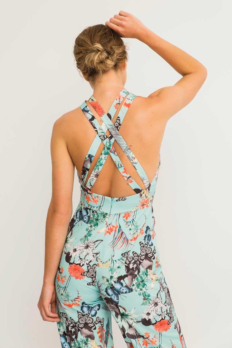 0ac8ad5e3 Comprar online mono largo azul claro con estampado de mariposas y tirantes  cruzados espalda para invitada
