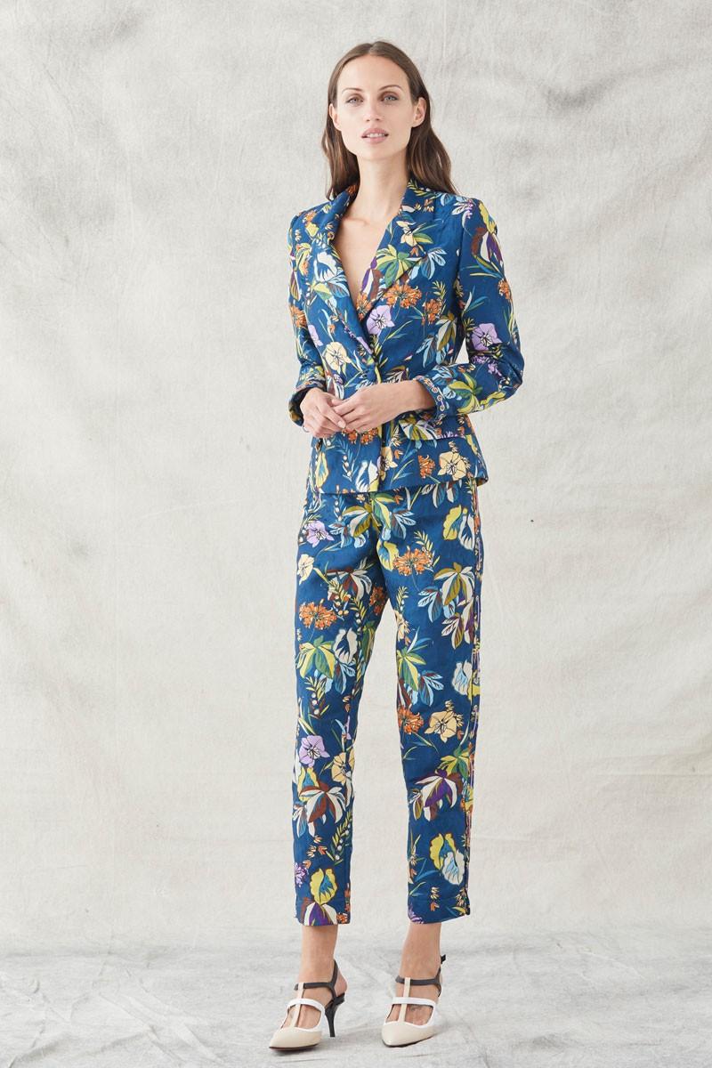 Trajes de chaqueta y pantalon mujer para bodas