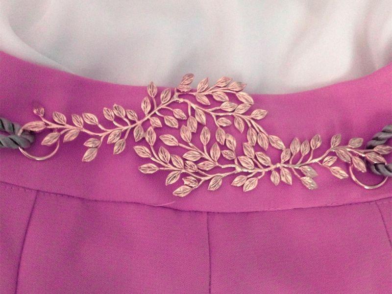 Cinturon de hojas dorado con cordon beige,negro,rosa palo,azul