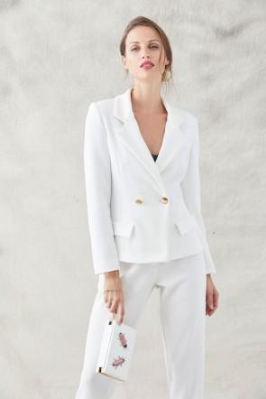 083902cb7 comprar online traje confeccionado en crepe rizado de color blanco  compuesto por chaqueta americana y pantalon