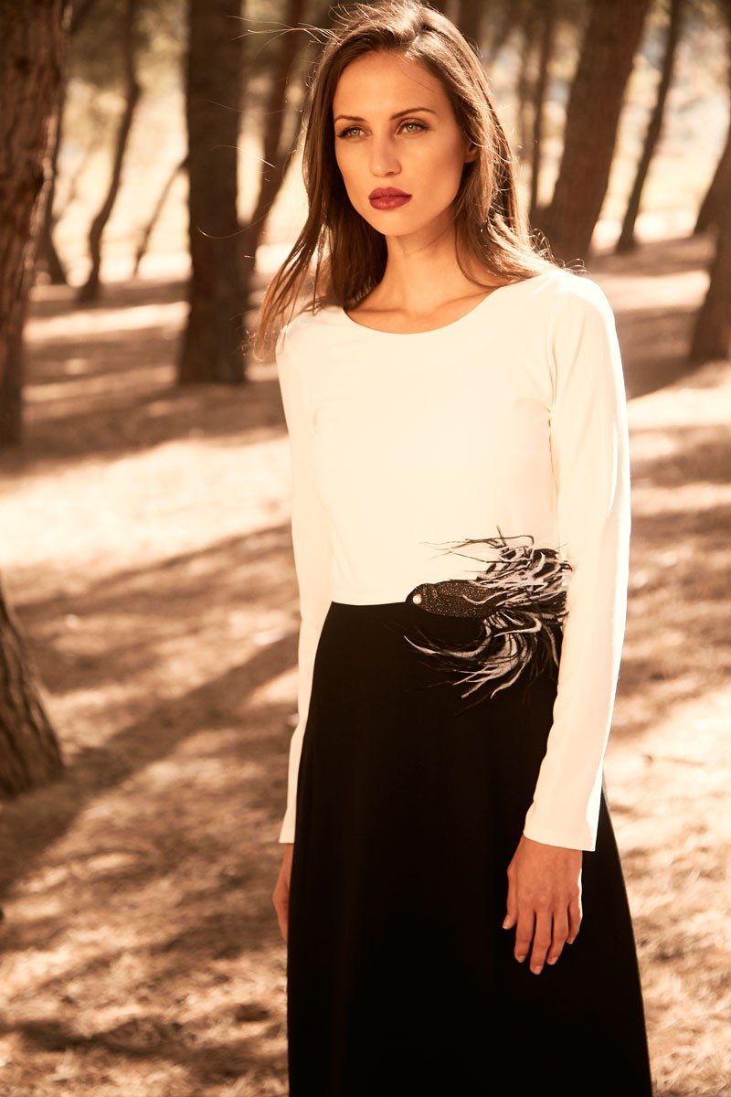 218f31936 vestido largo bicolor en blanco y negro manga larga cuello redondo para  invitadas de bodas nochevieja