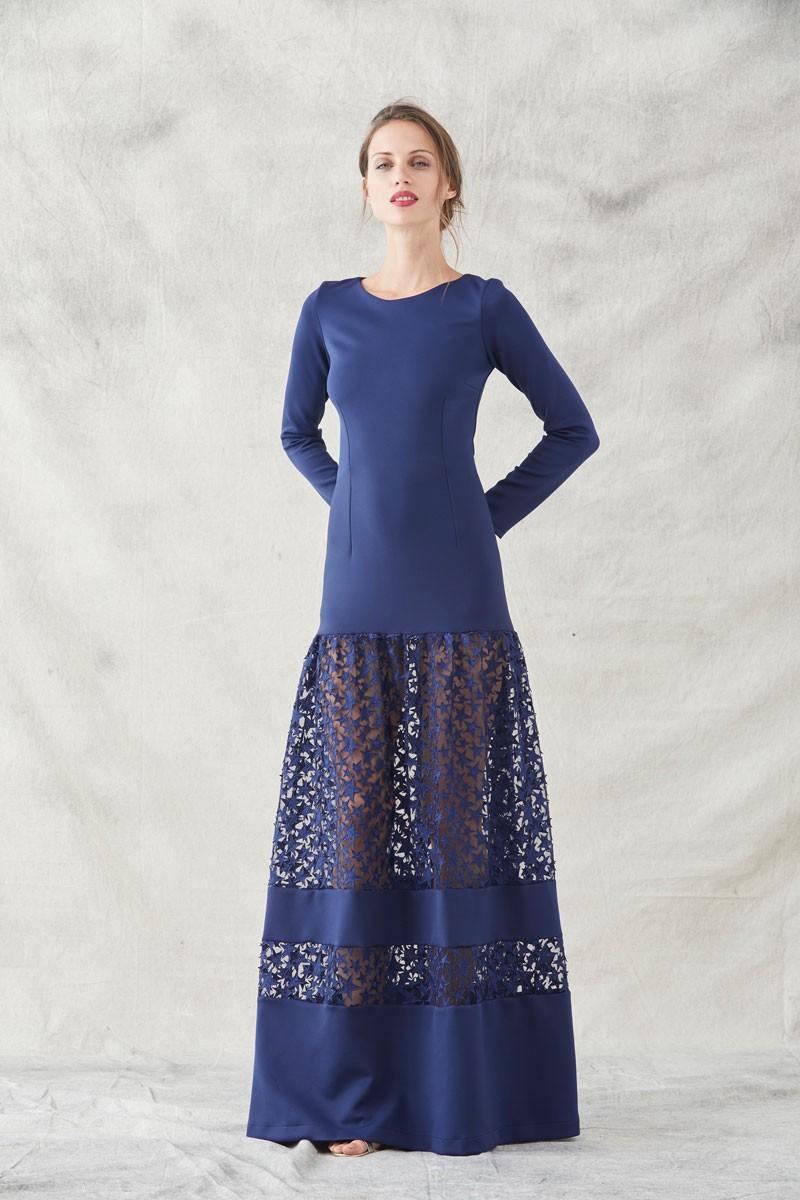 018022382f2 Comprar online vestido de fiesta largo ajustado confeccionado en neopreno  de color azul marino con trasparencias