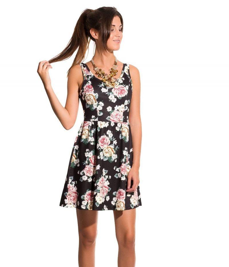 Vestido negro skater con falda de vuelo y estampado de flores 49b43719046e