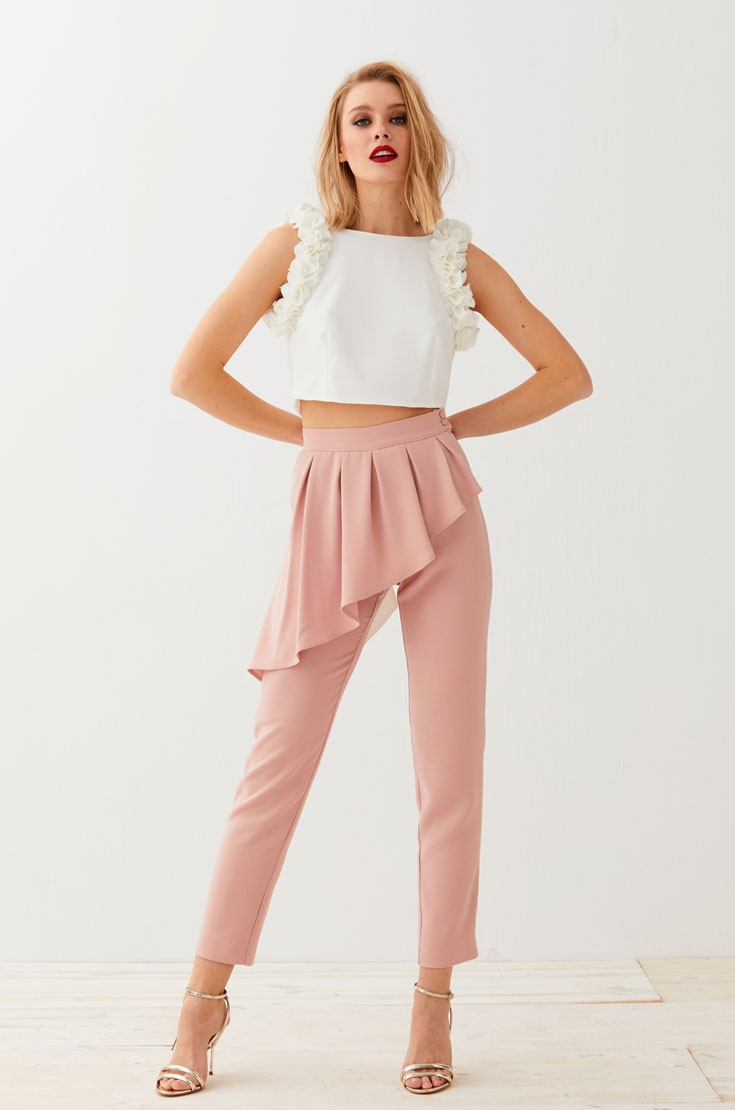Pantalon pitillo rosa peplum dione for Combinacion de color rosa