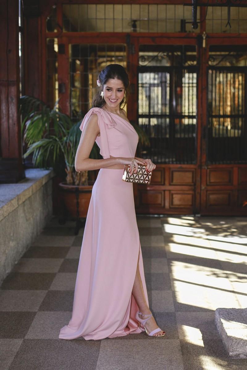 Vestido Rosa Palo Largo Lazo Y Abertura Irya