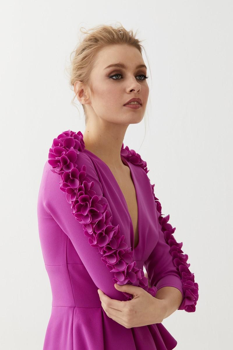 Asombroso Primavera Vestido De Invitados De La Boda Composición ...