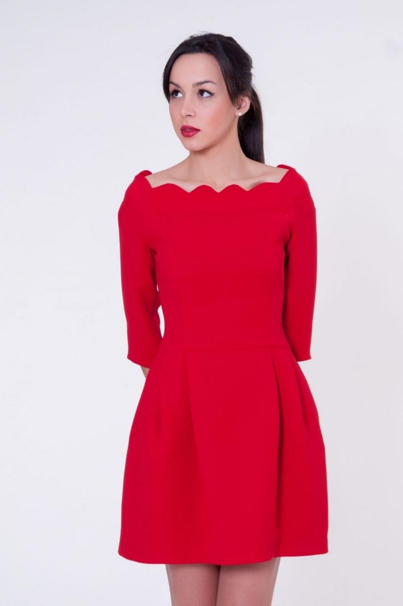 3492abc21bdff Vestido corto rojo de vuelo de blancaspina online