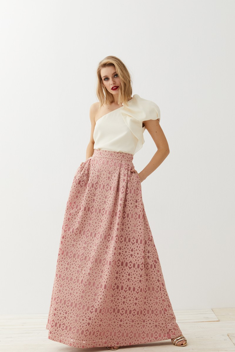 Falda de adolescentes en el aula - 3 9