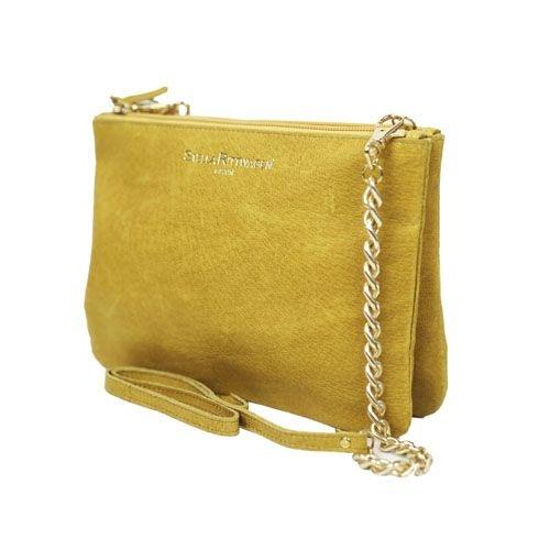 95ab12dff cartera de mano clutch en piel color amarillo mostaza. Bolsos de