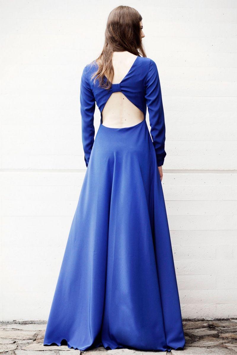 959798b4e vestido largo de fiesta con escote en la espalda de arimoka. vestido de fiesta  largo azul klein ...