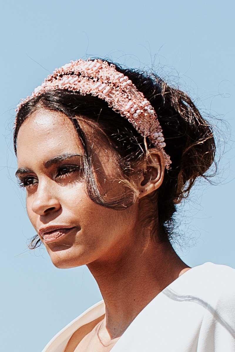 encontrar mano de obra ahorre hasta 60% material seleccionado Diadema Chanel Rosa by Lola Sevares