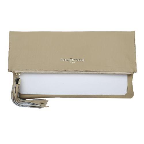 ac68496cf cartera de mano clutch en piel color tostado y blanco. Bolsos de