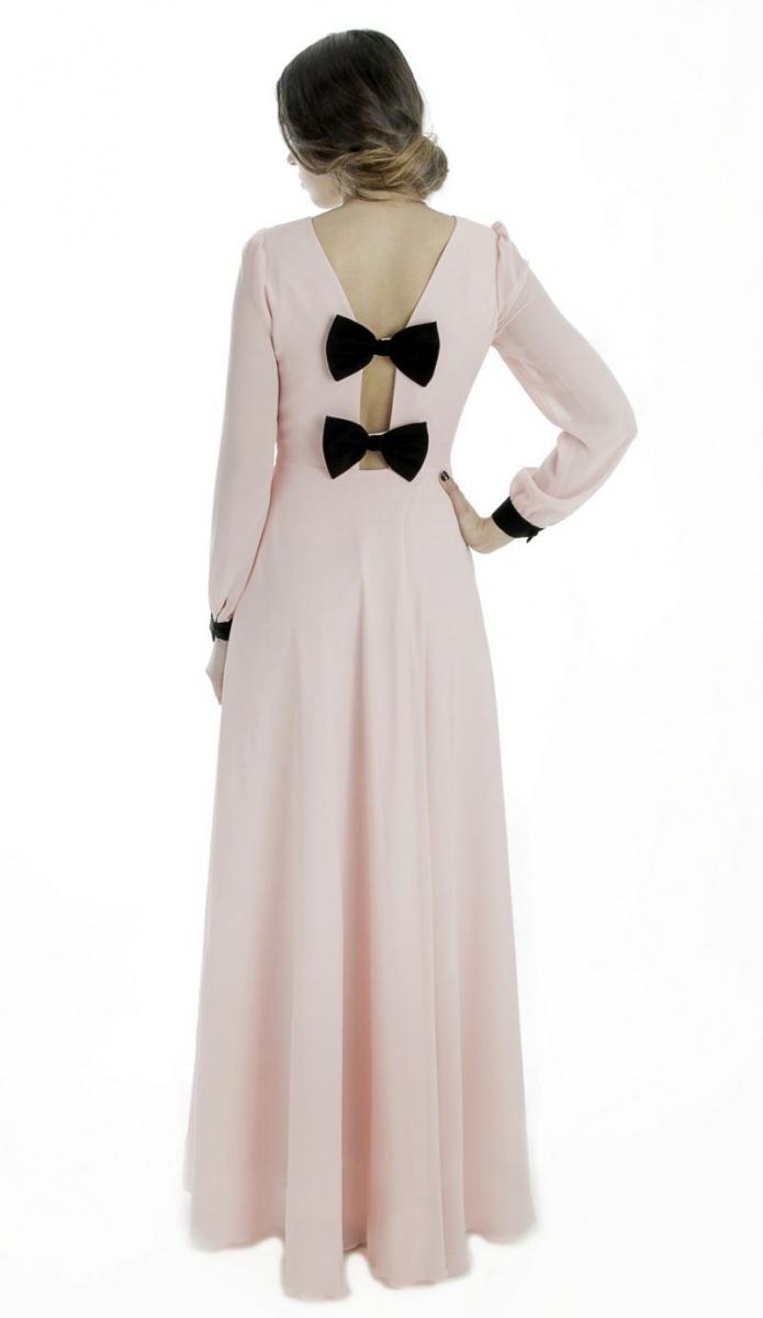 vestido largo de fiesta rosa palo de gasa manga larga y escote aff17db1ad06