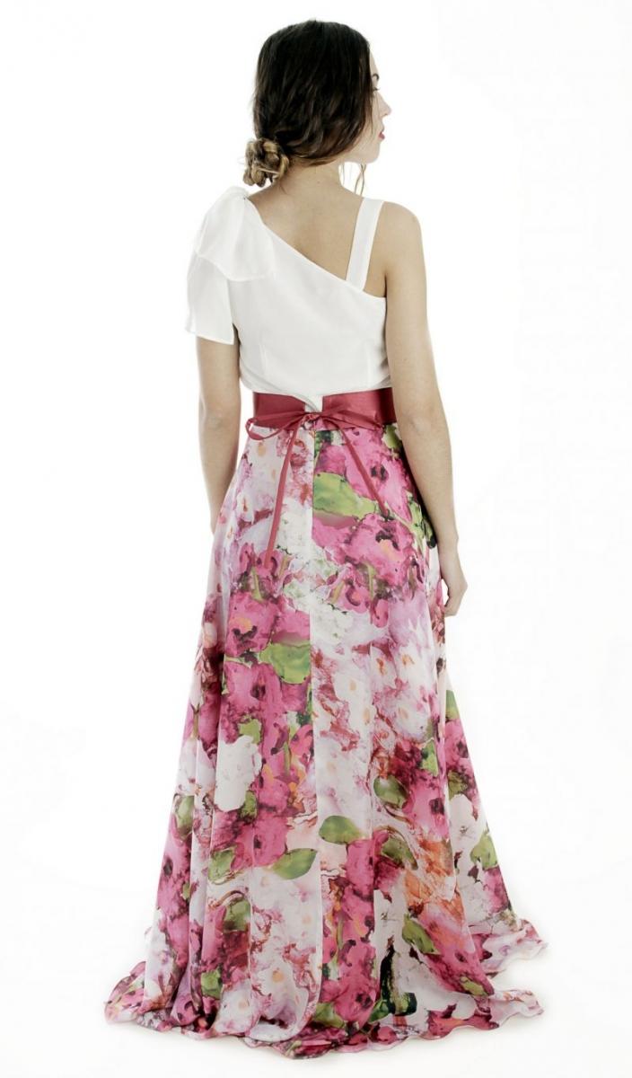 97de5f485 conjunto de fiesta con top asimetrico blanco y falda larga con estampado de  flores para boda