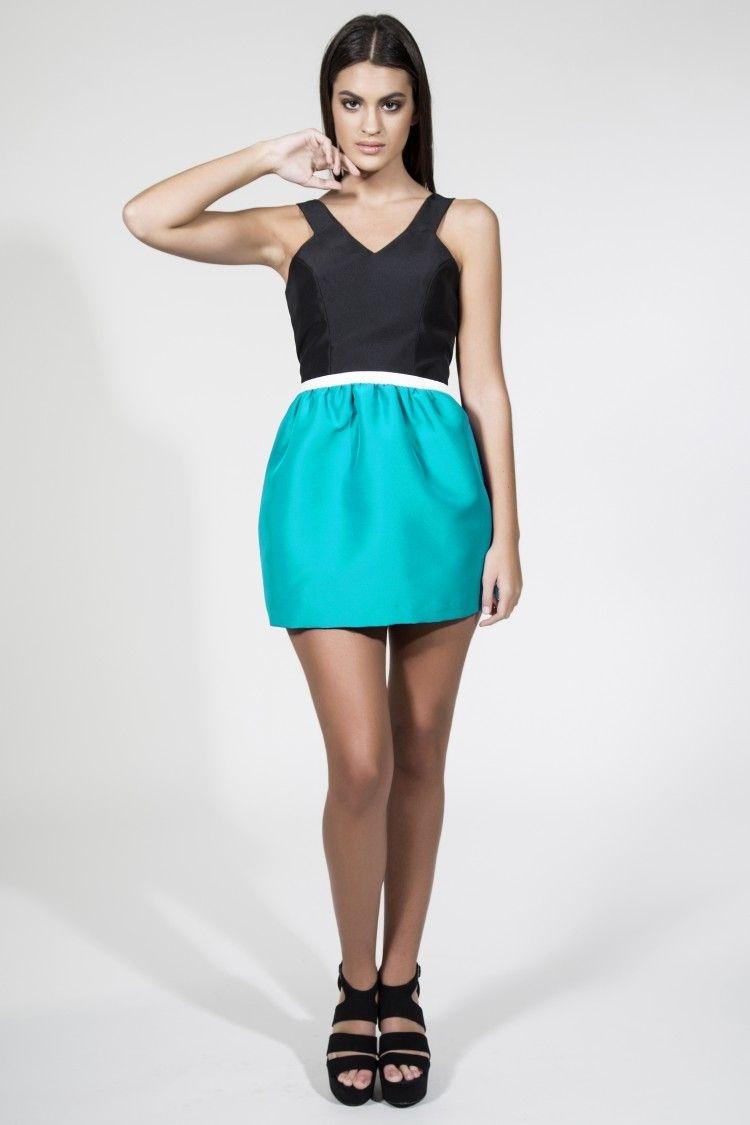 Vestido de coctel bicolor corto recto negro con escote espalda con