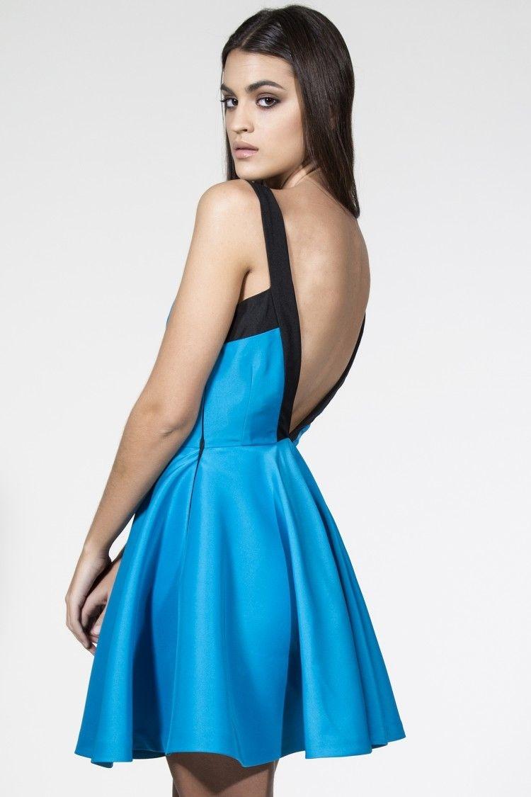Bajo vestido sin nada en tienda de ropa - 1 part 2