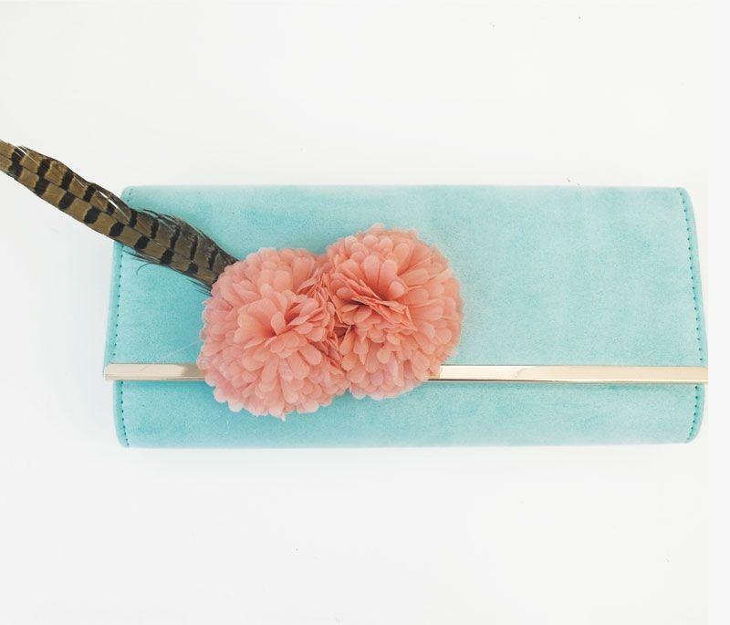 2b9082cde comprar online bolso de mano clutch azul de ante para fiestas eventos bodas  con adornos de